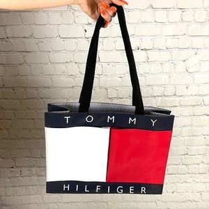 Tommy Hilfiger Big Flag Tote